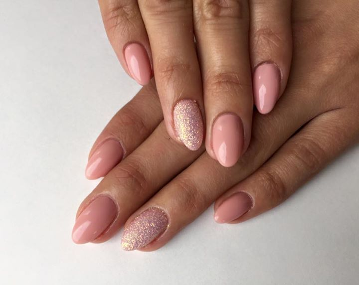 nails (lovely nude pink)