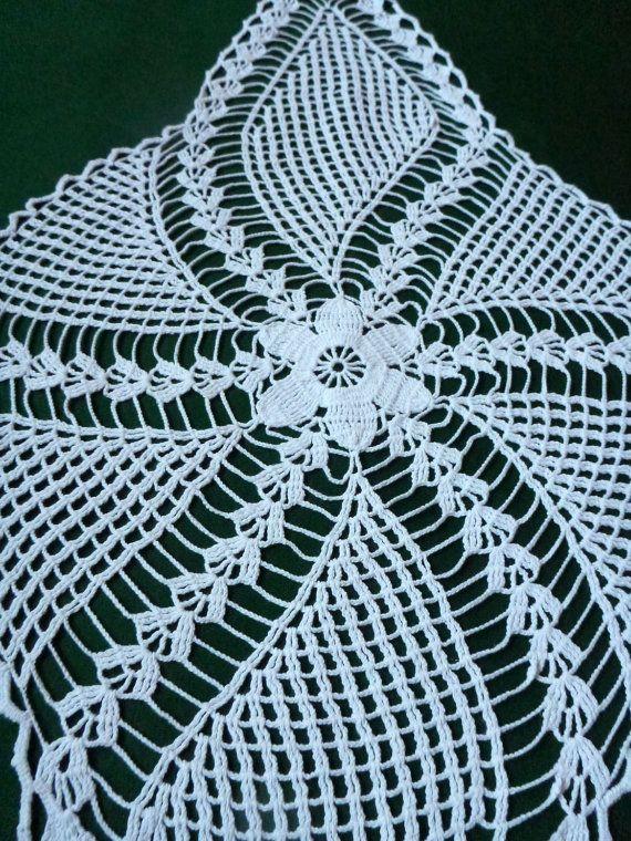 Vintage crocheté Table Runner Crochet plateau tissu par Retroom