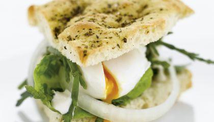 Ziltig broodje ei met zeekraal