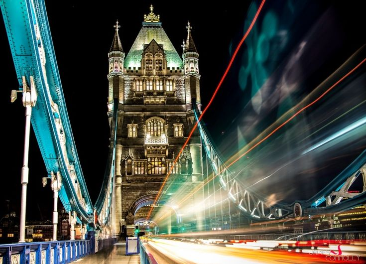 Night photography by Jame Oliver Connolly #photographytalk #nightphotography
