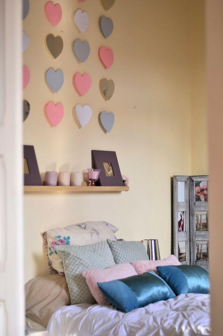 DIY. Decorar una pared con corazones
