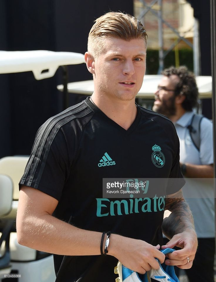 Toni Kroos #8 of the Real Madrid arrives at a training session for Tour 2017 on the campus of UCLA July 12, 2017, in Los Angeles, California.