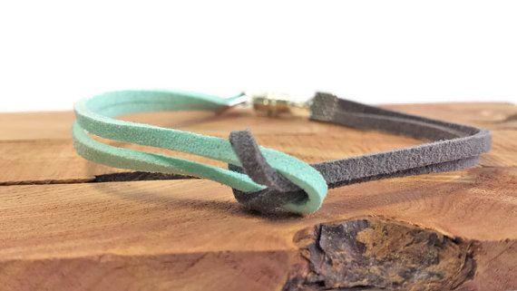 Tie the knot suede bracelet