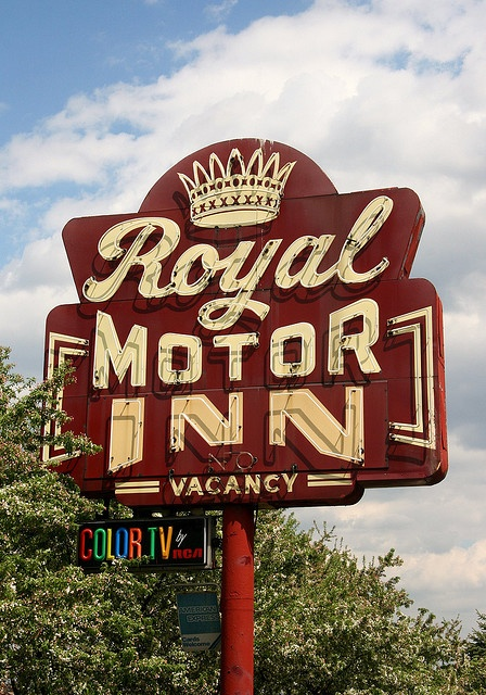 Royal Motor Inn - Livonia, Michigan - Vintage Neon Sign When I was little my parents owned a motel called the Royal Court.