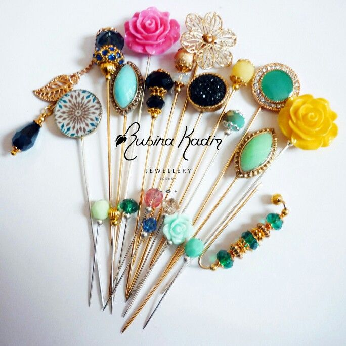 Customised hijab pin set gift