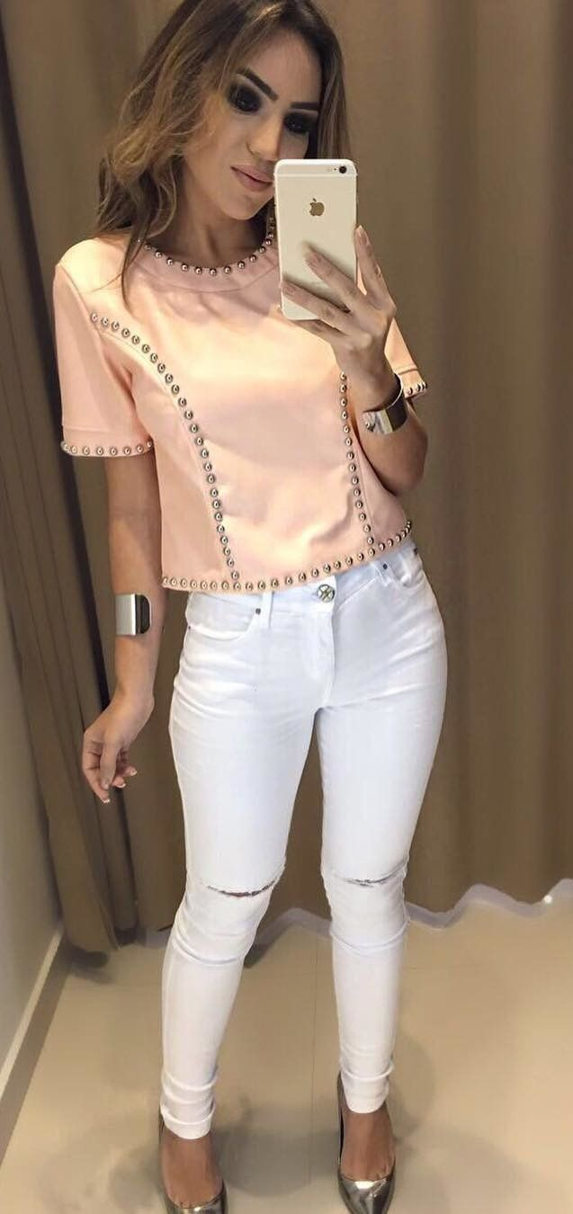 summer outfits  Coral Top + White Ripped Skinny Jeans