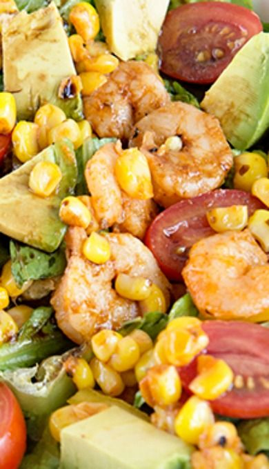 Spicy Sriracha Shrimp and Avocado Salad