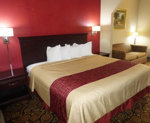 Affordable, Pet Friendly Hotel In Hinesville, GA  Red Roof Inn U0026 Suites  Hinesville