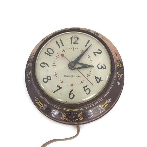Vintage 50s 60s Electric Wall Clock