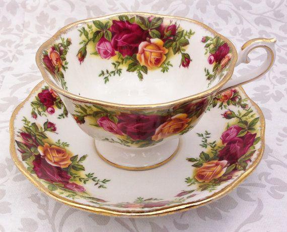 Old country roses tea set royal albert by for Tazas de te estilo vintage