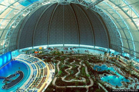 This Is ACTUALLY The Most Incredible Water Park Ever
