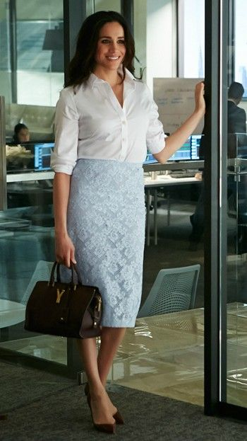 How to Wear A White Shirt - The Power Dresser. Rachel Zane does it right.