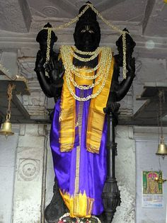 Allanatha Temple is located in Kondajji village, in Hassan district of Karnataka. Also known as Chennakeshava temple or Varadaraja Swamy temple, this is the abode of a most extraordinary Deity of Lord Visnu. The Deity is carved out of black stone and stands 18 feet tall. Temple pujaris must use a rolling scaffold in order to dress Sri Allanatha.