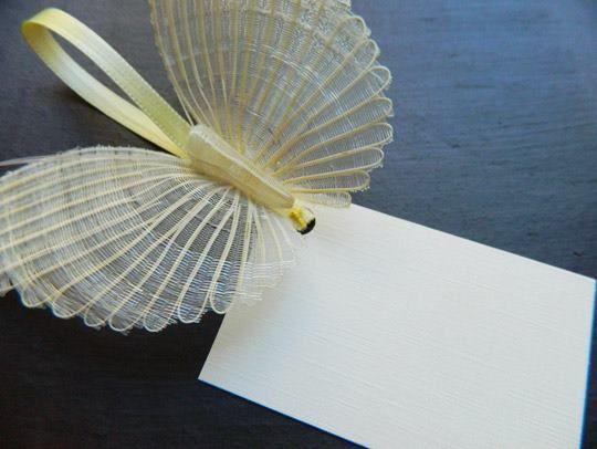 mariposa crin de caballo cesteria de Rari recuerdo de matrimonio o bautizo, Chile.