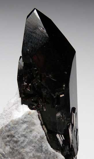 Neptunite~ for use in spiritual healing, helps dissolve criticism of self and judgement~ renews or builds courage~ good stone to have for a strict exercise schedule and to meditate on for tooth issues or decreased muscular tone.