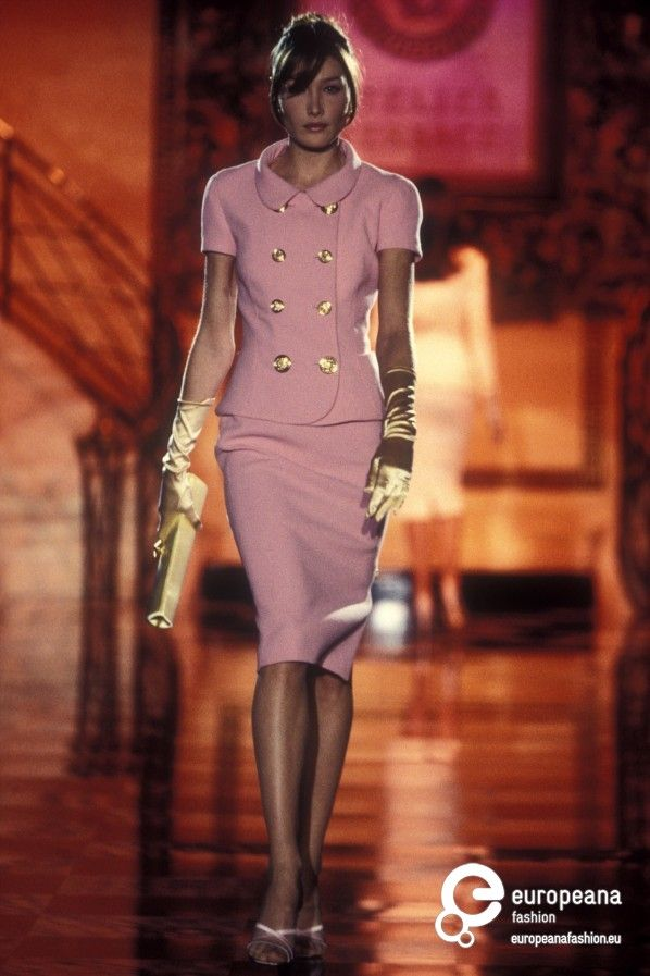 Gianni Versace Designs 62 best images about V...