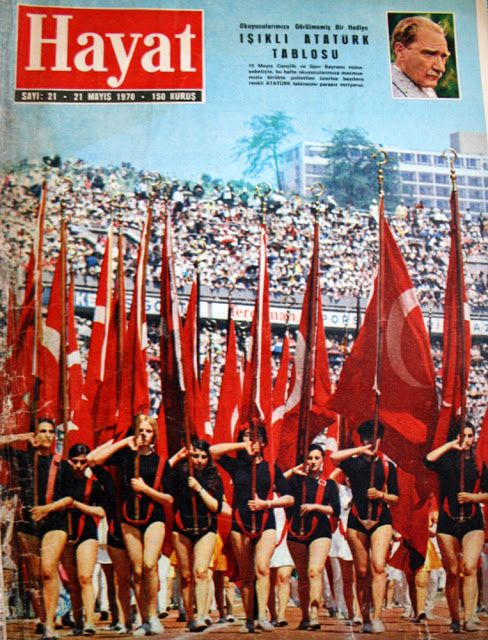 OĞUZ TOPOĞLU : 19 mayıs 1970 törenleri hayat dergisi kapağı 21 ma...