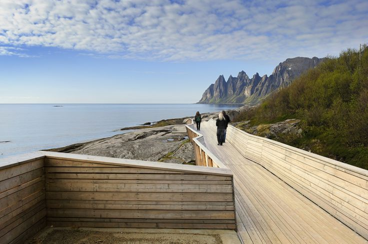 Viewpoint Tungeneset at Norwegian National Park | Senja, Norway
