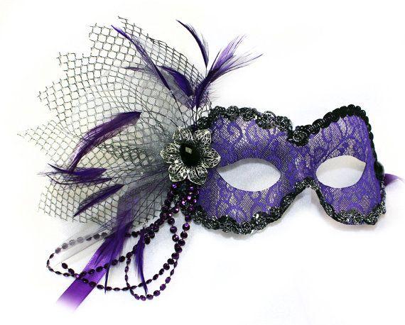Vintage Purple Lace Women's Masquerade Mask   A-2130PL-R