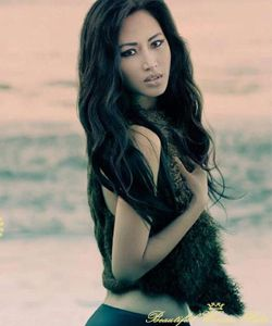 Just an example of a modern day Vietnamese beauty.  Model - Elizabeth Thuy Tien