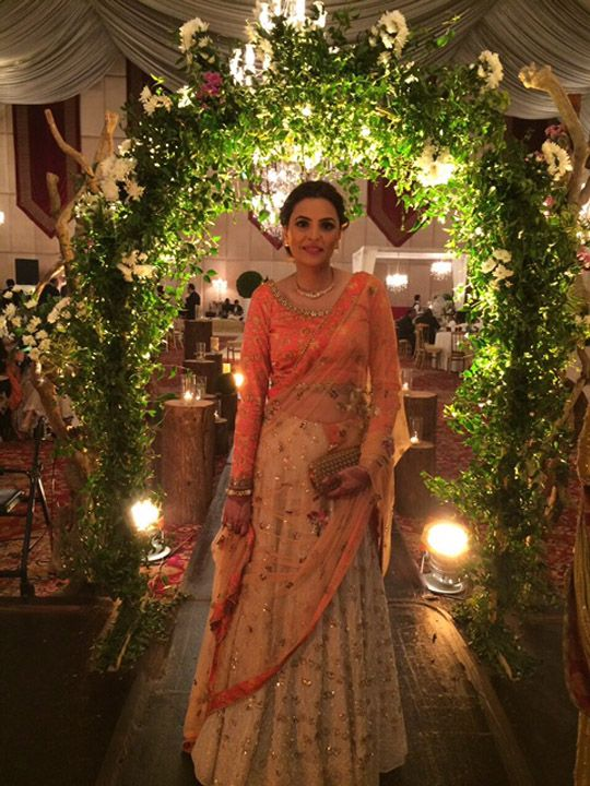 Beautiful #Pakistani, Desi Bride via @saniamaskatiya http://SaniaMaskatiya.com/index.html (Jan, 15)