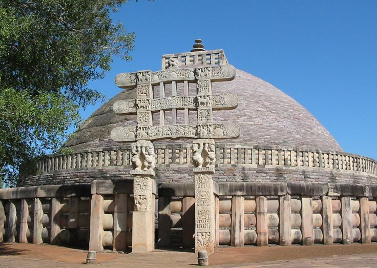 One of the oldest stone structures in #India, the Great Stupa at Sanchi is an important #Buddhist monument. Built by #EmperorAshoka to honor #LordBuddha, the stupa stands proud as an icon of Sanchi. #sanchistupa #peaceful #bhopal #travel #history