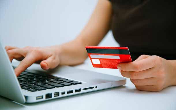 Muchos emprendedores que desean vender sus servicios o productos por Internet, y en especial con la plataforma Woocommerce, suelen tener la duda o problemática de cómo vender y aceptar tarjetas de crédito sin pagar altas comisiones y pagos mensuales, que…