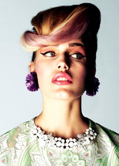 Model: Karolina Waz |New Age Models| Hair: Emil Zed |Van Dorsen Talents| Makeup: Paula Dźwigała Stylist: Maja Naskretska |Glamour| Assistant: Grzegorz Skoneczny Photographer: Marcin Kempski |I Like Photo|