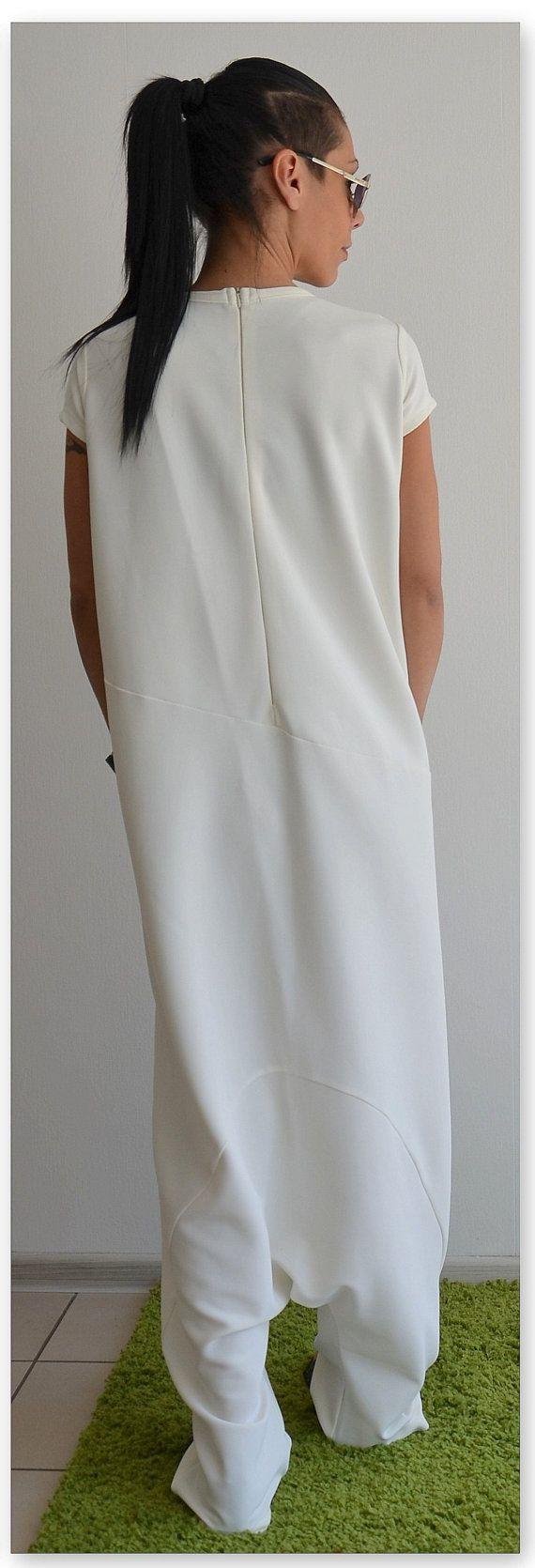 Witte Maxi Jumpsuit / White vrouw jumpsuit door ClothesByLockerRoom