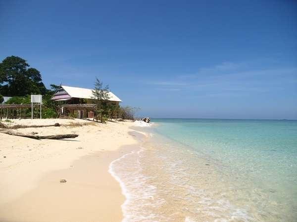 Samalona Beach @ Makassar, South Sulawesi, Indonesia