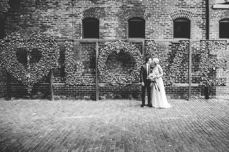 Distillery District Brunch Wedding, Toronto Canada - Francoise Vintage - CMT Photography