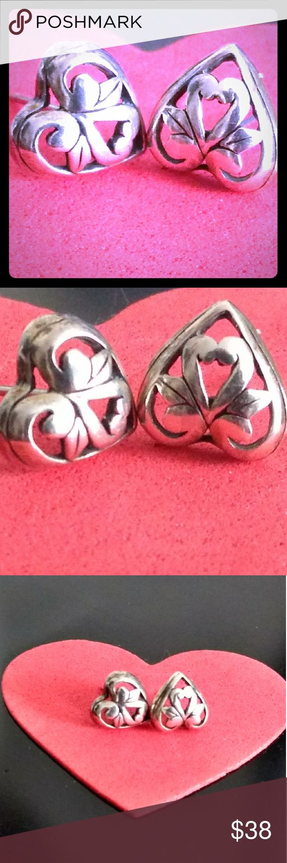 ❤️Vintage Adorable Lil Abstract 925-SS Hearts ❤️❤️REDUCED❤️❤️ 🎀Bundle For Further Discount🎀 Adorable vintage solid sterling silver abstract heart earrings. At first glance the design inside appears to be a bow but when looking at em upside-down they also look like lil heart shaped flowers or even swans.. Very unique and cool! These are vintage and do show some wear and oxidation which, imo just adds to the character/uniqueness. Feel free to ask any questions💕 *Reasonable* offers welcomed…