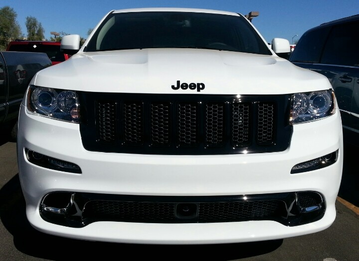 Jeep Grand Cherokee.  Car of the Day: 16 December 2013.