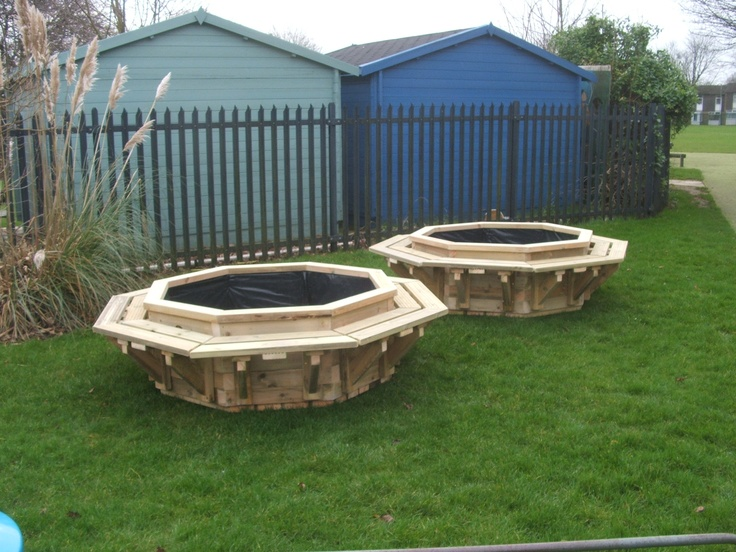 Octagonal planters with seating