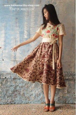 batik Amarillis a díva dress-újjáalakított