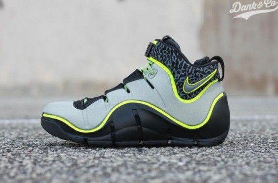 This Nike LeBron 4 Custom Gets The 112 Treatment http://SneakersCartel.com #sneakers #shoes #kicks #jordan #lebron #nba #nike #adidas #reebok #airjordan #sneakerhead #fashion #sneakerscartel