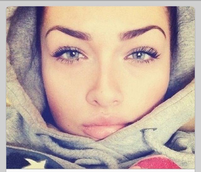Perfect eyebrows : make up