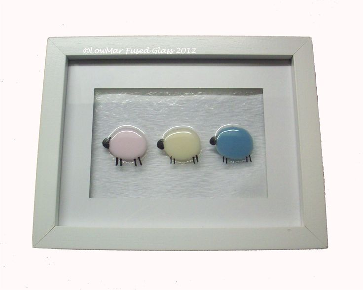 Fused glass sheep: www.lowmarfusedglass.co.uk