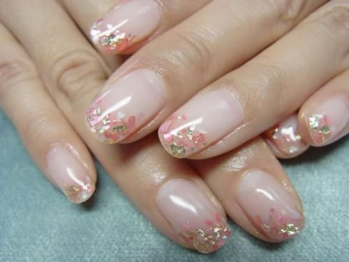 Nails, shell pieces, tips