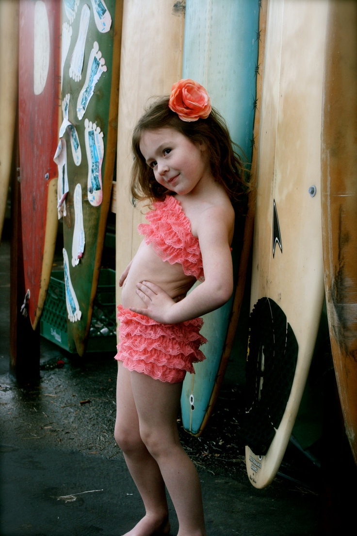 Chubby girl nude video
