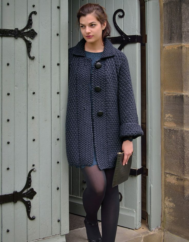 SMOULDER | Kim Hargreaves HOLT smart collared coat with deep cuffs