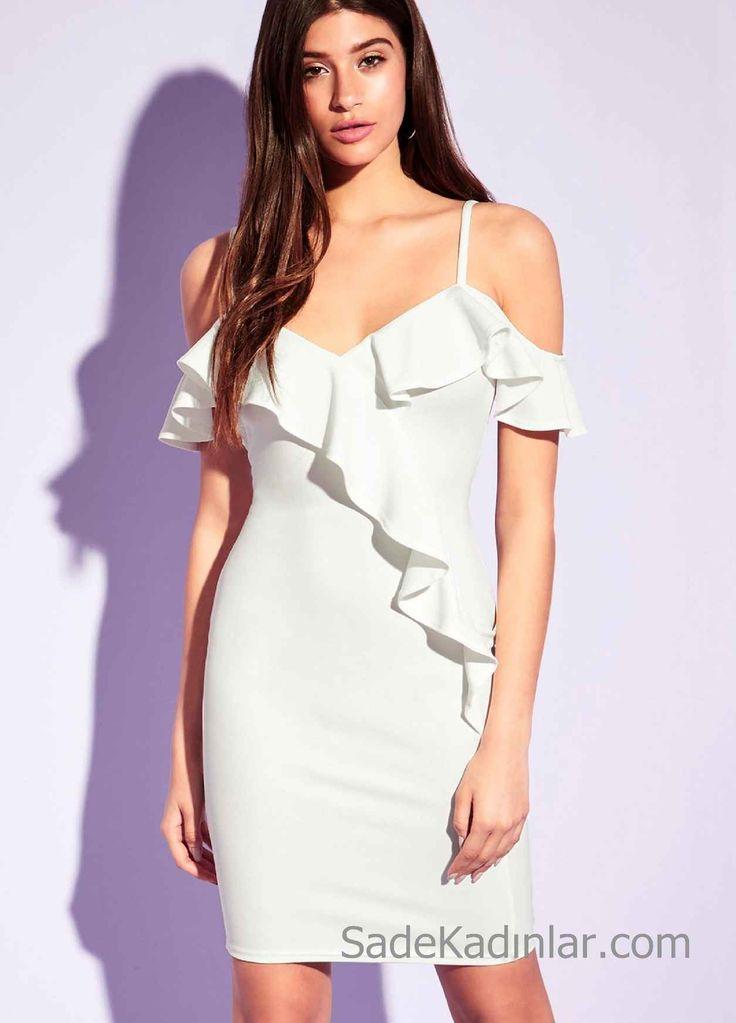 Beyaz Elbise Modelleri Fırfırlı Omuzları Açık Vücudu Saran Kısa Elbise