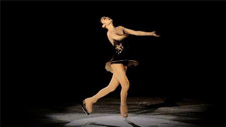Yuna Kim. headless corkscrew spin.