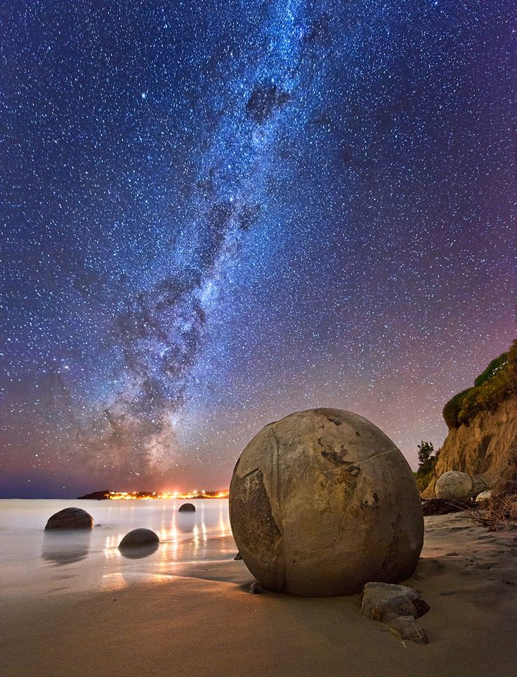 Milky Way, Koekohe Beach, South Island of New Zealand