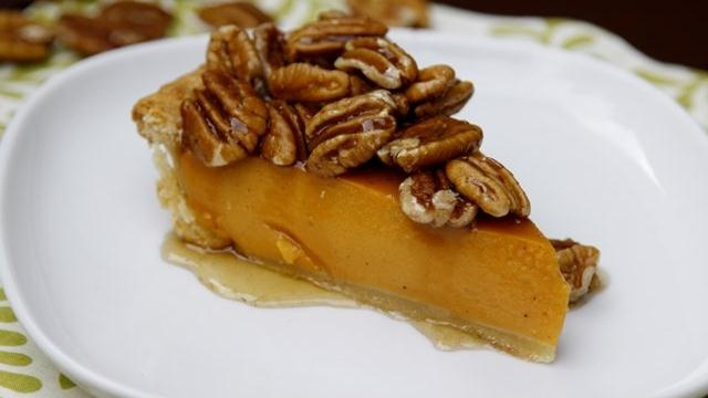 ... Maple Pecan Topping - made with Pillsbury® refrigerated pie crust