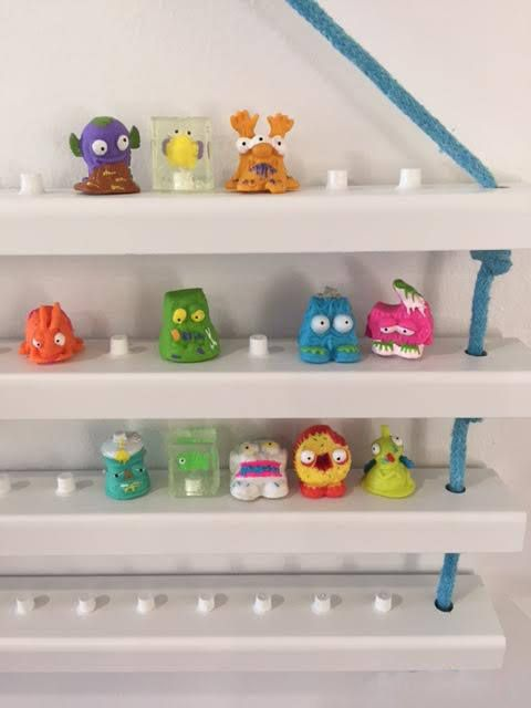 Shopkins Display Shelf Trash Pack Display Shelf Shopkins 4