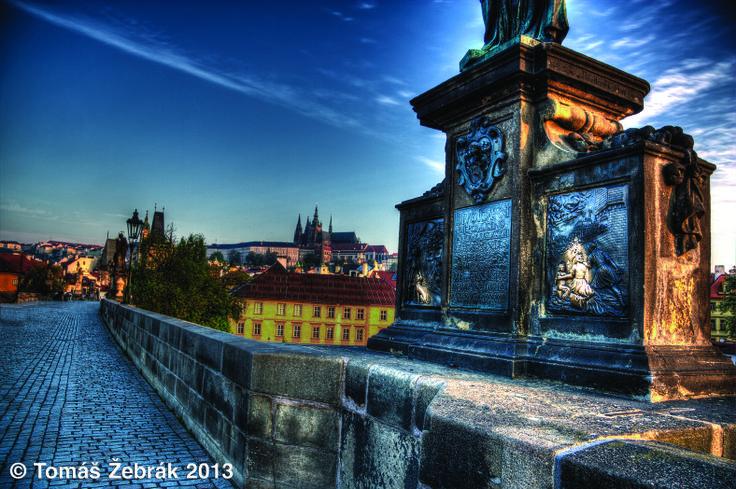 Jan Nepomucký (Karlův most) - nešťastný mnich, jenž byl po mučení svržen do Vltavy. Přiložením dlaně na reliéfní desku sousoší či pamětní desku si můžete zaručit splnění právě vysloveného přání.