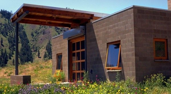 450 sq ft concrete block tiny home tiny homes for Cinder block cabin