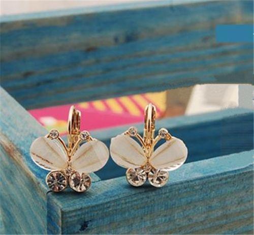 $10.000- Aretes Mariposa Blancos con piedras tamaño: 1.5cm