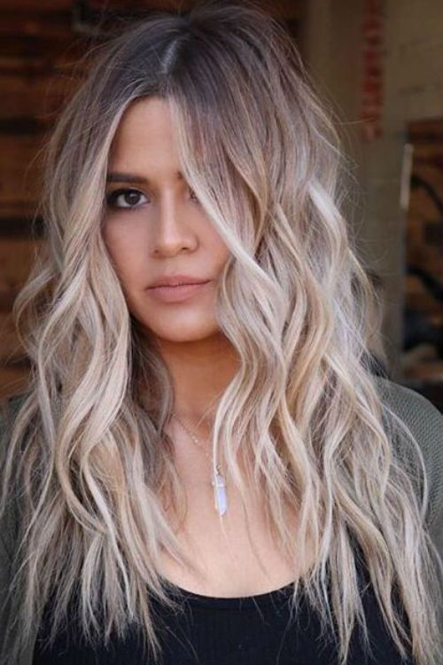 Flawlessly Beautiful Long Wavy And Shaggy Blonde